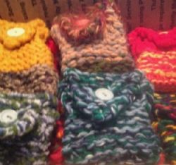 30 NEW HANDKNITTED POCKET BAGS per order